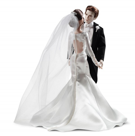 edward-bella-wedding-barbie-gown-back