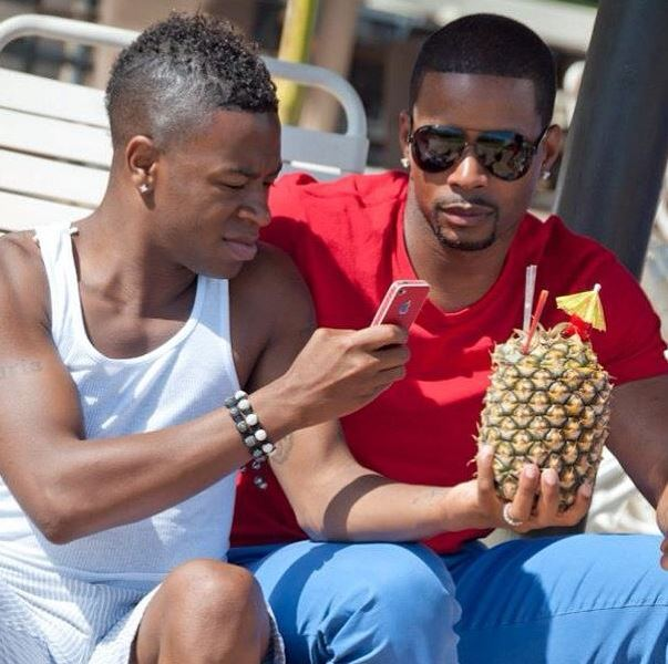 kerry_rhodes_gay_russell_simpson